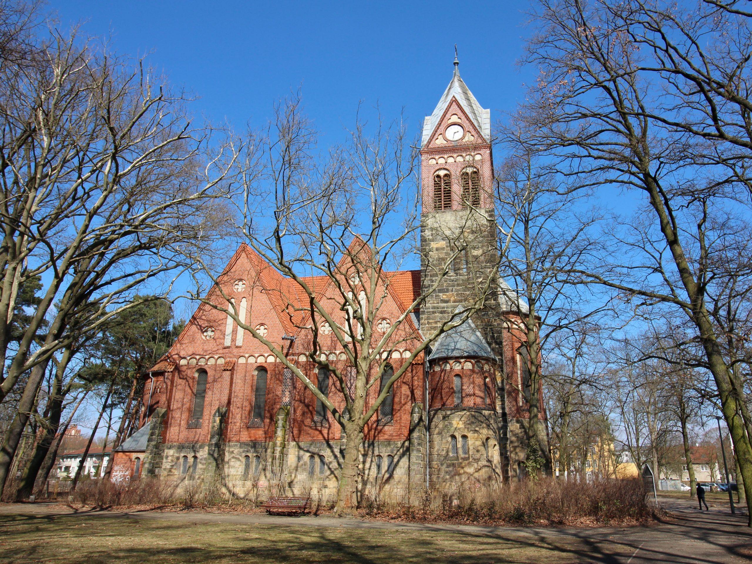 Grünauer Kirche 2 - 1
