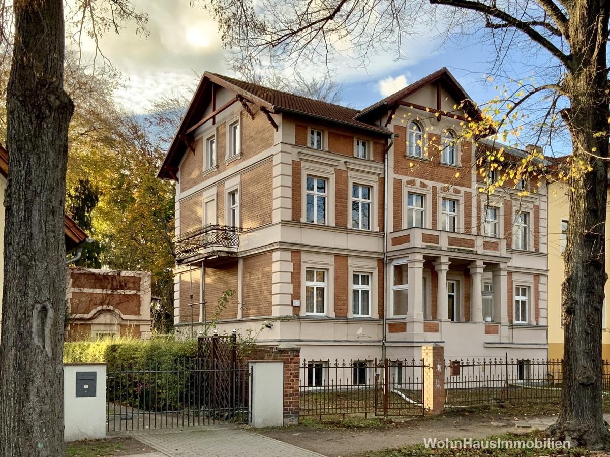 Denkmalgeschütztes Mietshaus in Eichwalde